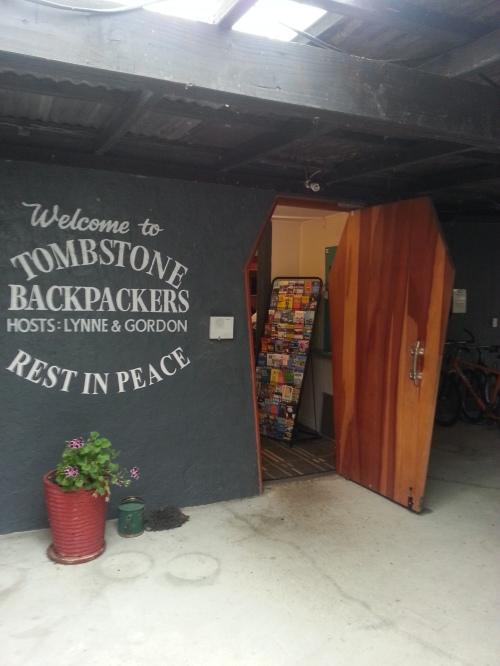 20140309_TombstoneBackpackers_Picton